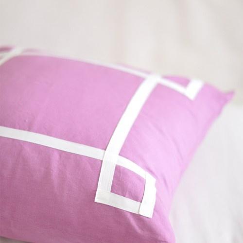 Caitlin Wilson Textiles: Berry Signature Pillow: Bedrooms Options, Bedrooms Colors, Caitlin Wilson Textiles, Beds Pillows, Bedroom Colors, Berries Signature, Adorable Pillows, Throw Pillows, Signature Pillows