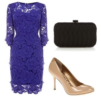 Are you looking for a dress to wear to a wedding or to a date? Tap your inner romance with this gorgeous laced purple dress. The raw finish of the three forth sleeves and the skirt, doubled with a concealed back zip, are stunning. Complete the look with equally romantic accessories – a sophisticated black satin clutch and nude pumps.
