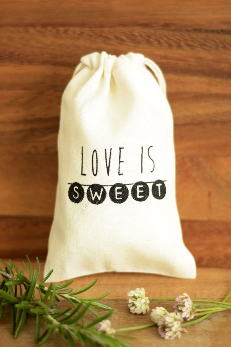 Wedding favour bags, Love is Sweet wedding favor bags, muslin favor bags, small muslin bags, thank you bags, wedding gift bags, muslin pouches, wedding favour pouches