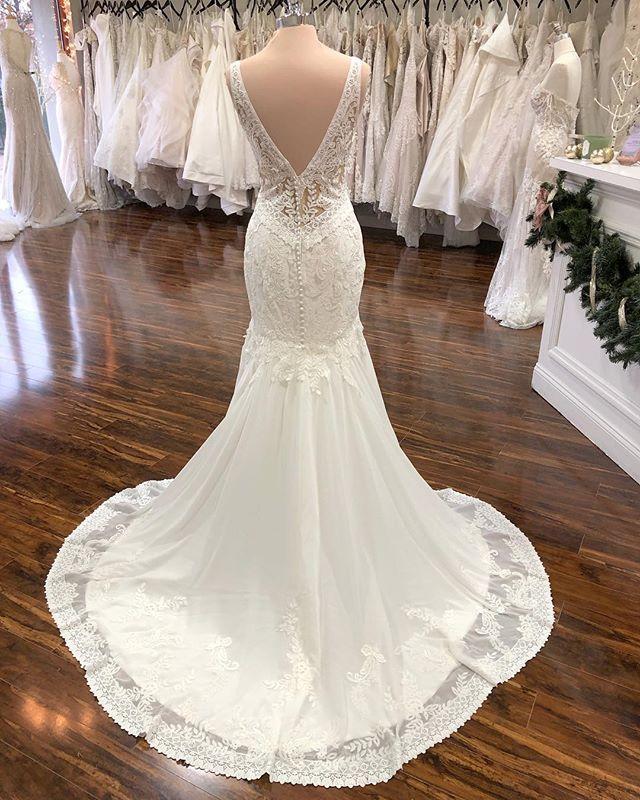 The Wedding Studio Indianapolis Indiana Lillian West Boho Wedding Dress Lillian West Wedding Dress Wedding Dresses Boho Wedding Dress