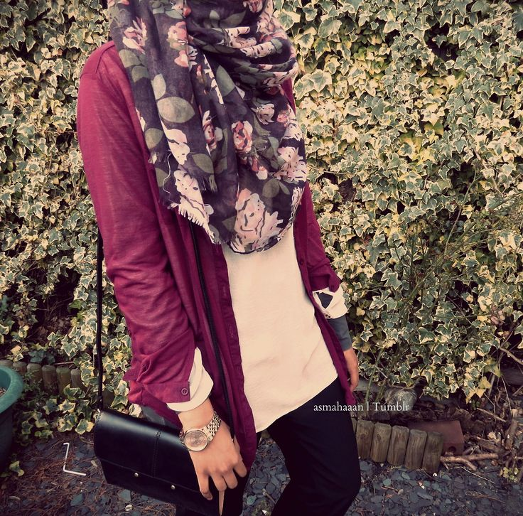 #casual Floral sheer scarf, cream top, maroon cardigan
