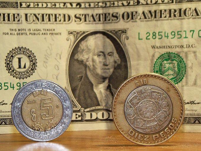 El dólar cierra la semana en 19.73 pesos a la venta