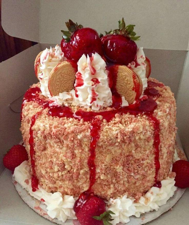Pin on strawberry crunch cake