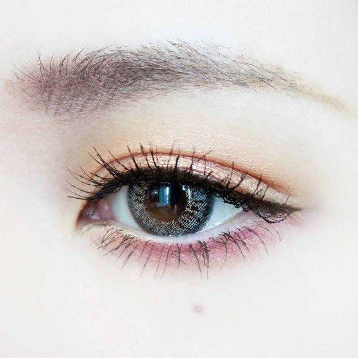 MAKE LESSON | しのばせピンク×赤シャドウで色っぽおしゃれアイ|DAZZSHOP eye make & cosmetics - ダズショップ公式オンラインストア