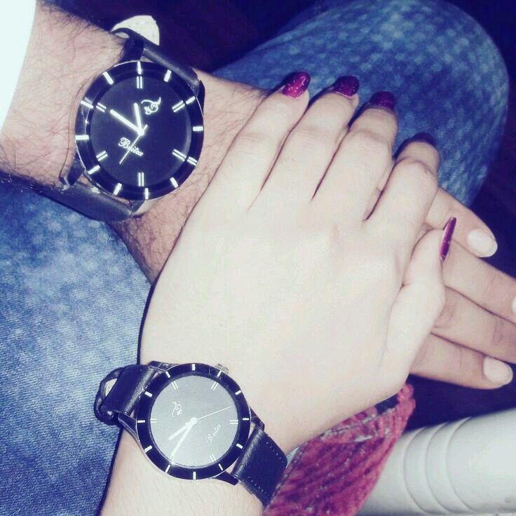 Hands Dpz: Couple Watch, Couple Holding