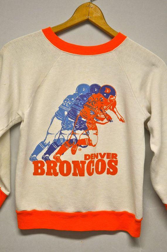 VINTAGE DENVER BRONCOS Football Sweatshirt Youth Kids Sz-L