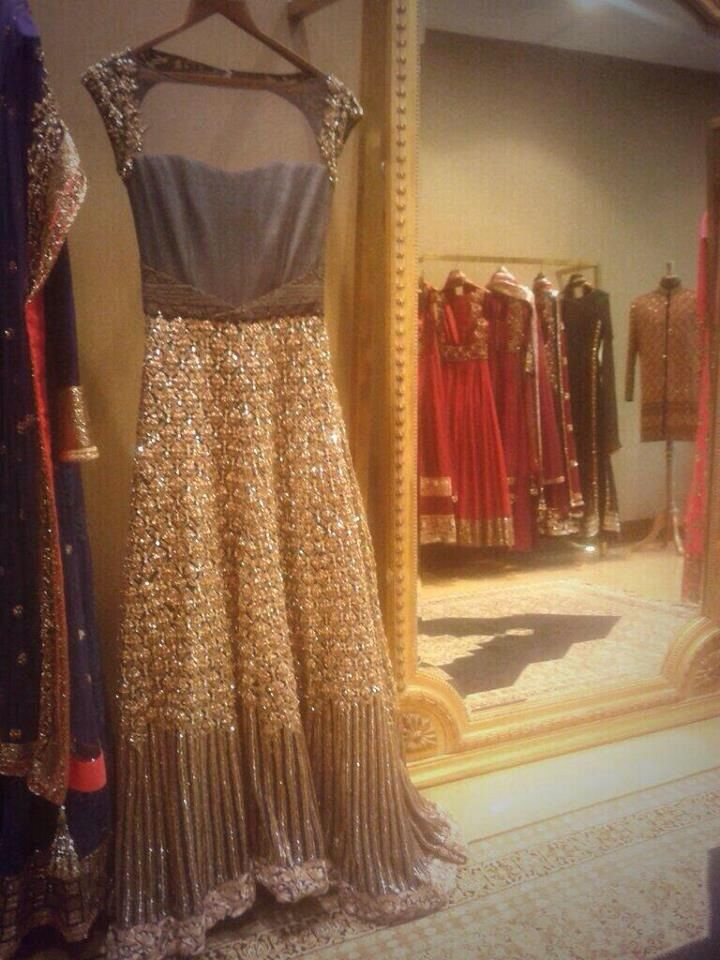 Manish Malhotra https://www.facebook.com/beautagonal