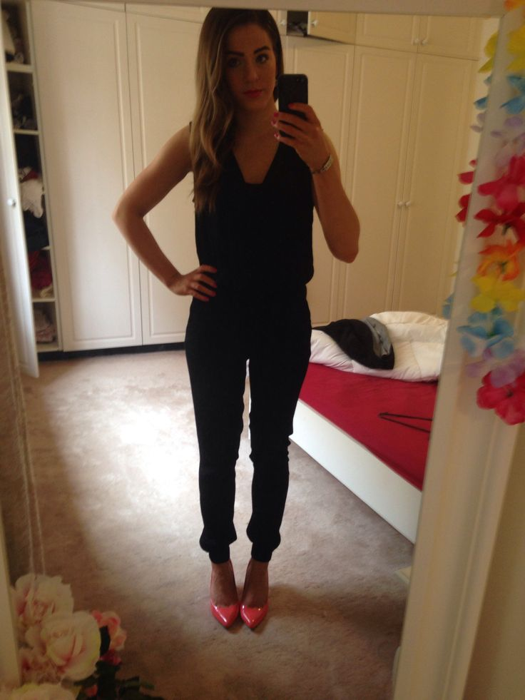 New black jumpsuit with coral shoes