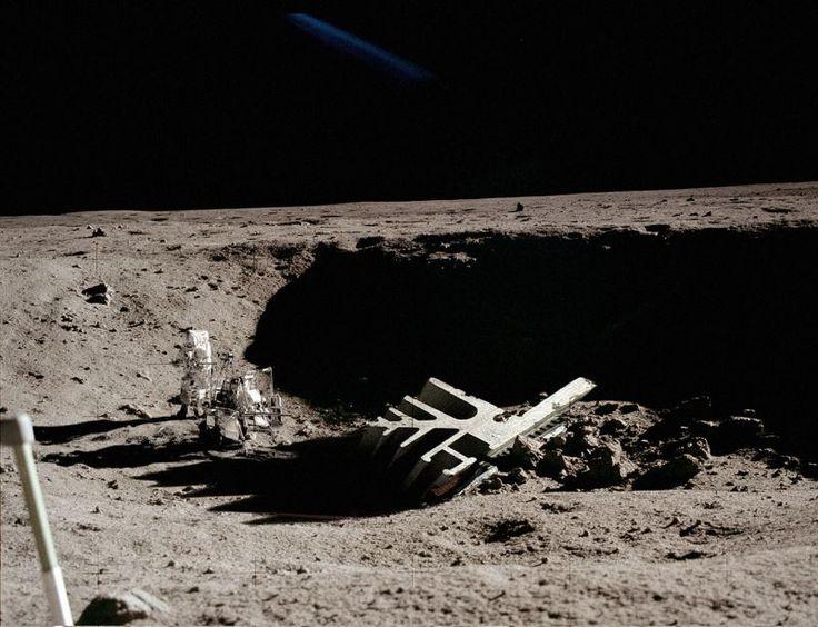 ancient astronaut on the moon - photo #30
