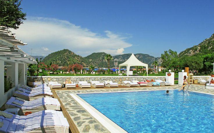 Casa & Blanca i Tyrkiet er det ideelle hotel for dig som vil slappe af i smukke omgivelser sammen med din elskede. Se mere på http://www.apollorejser.dk/rejser/europa/tyrkiet/icmeler/hoteller/casa-og-blanca