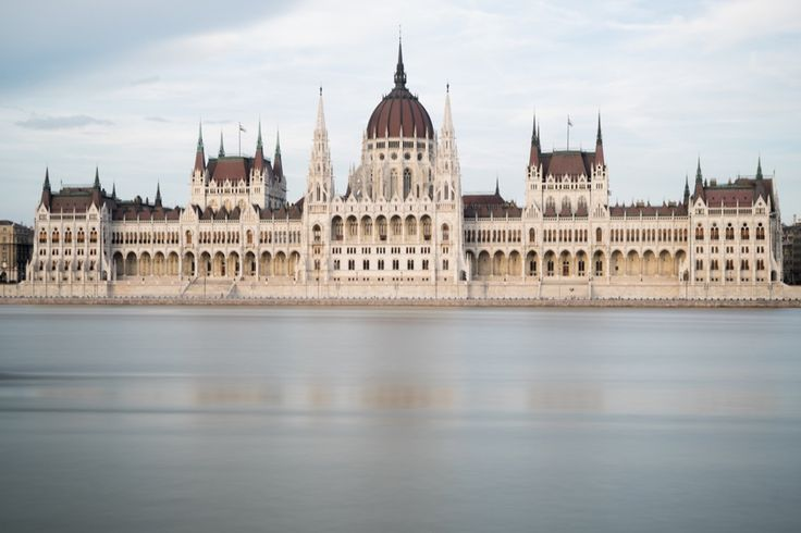 Die besten Budapest-Tipps für deine Städtereise. Wir zeigen dir die schönsten Budapest-Sehenswürdigkeiten und echte Insider-Tipps.