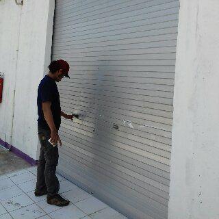 Zona Teknik Solution  Tlp.089633665538  Pemasangan Baru / Buat Baru / Bikin Baru / Installasi Baru / pintu Rolling Door & Folding Gate  Se...