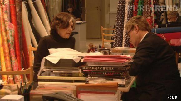 Extrait du film Yves Saint Laurent, 5 avenue Marceau 75116 Paris ...