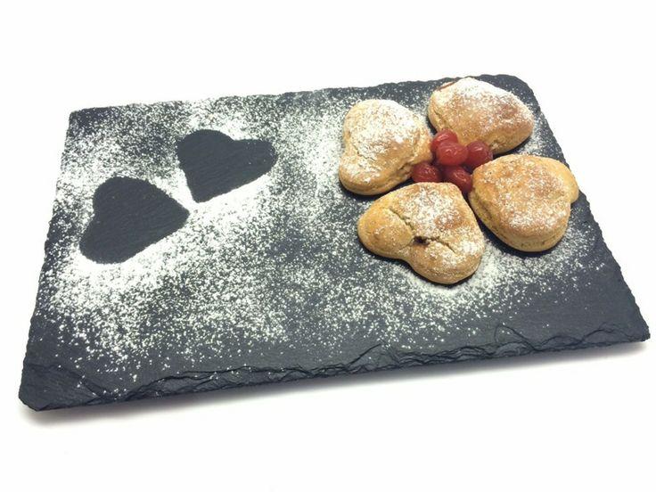 Con la ricetta dei Miei biscottini di San Valentino senza glutine Maria Giovanna Galafassi, food blogger, partecipa al concorso I dolci del cuore. Per San Valentino biscottini all'aroma di caffè... con un cuore a sorpresa  al gusto di amarena o uvetta... per dire ti amo! Per votare clicca qui: http://www.saporie.com/it/doc-cts-226-17711-17715-228-1.aspx