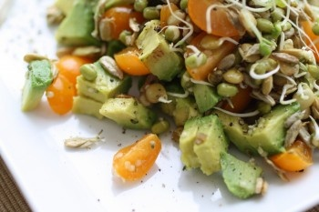 Avocado & Sprout Summer Salad | Eating Raw Food | Pinterest