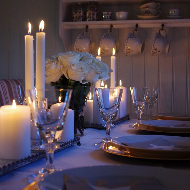 Borddekking ~ Table setting by @mokkasitt