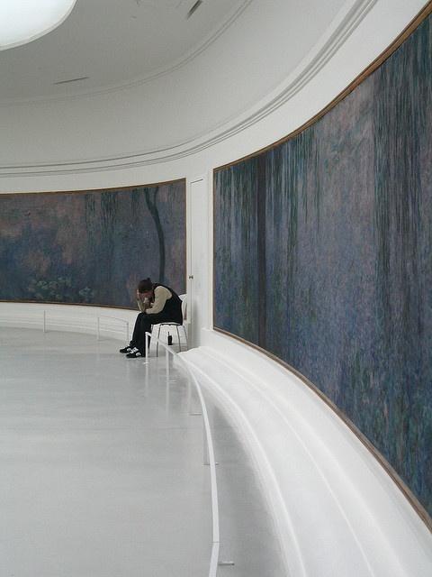 l'Orangerie, Paris. Monet's the world in one room. Favorite place.