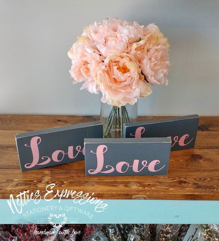 Love 3.5x7.5 Wood Sign - Netties Expressions