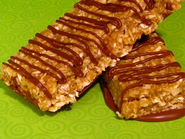 Make Your Own Easy Meal Replacement Bars