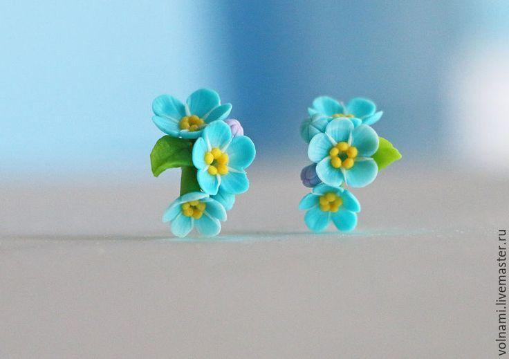 """Купить """"Незабудки"""" серьги_гвоздики - тёмно-бирюзовый, незабудки, цветы, запекаемая пластика, цветы из полимерной глины"""