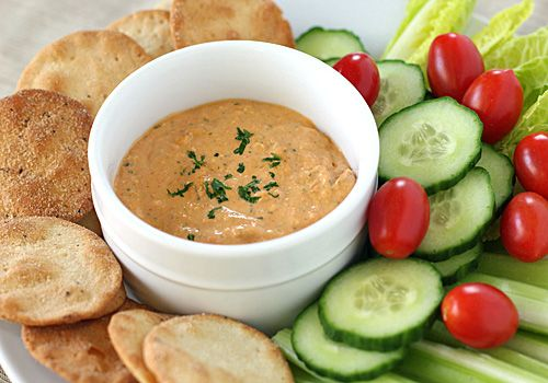 Roasted Red Pepper and Gorgonzola Dip.  This is also great for sandwiches.: Galley Gourmet, Recipes, Peppers Gorgonzola, Yum, Veggies, Steaks Sandwiches, Chee Dips, Roasted Red Peppers, Gorgonzola Dips
