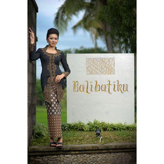 Spa uniform hotel spa and spas on pinterest for Uniform spa bali