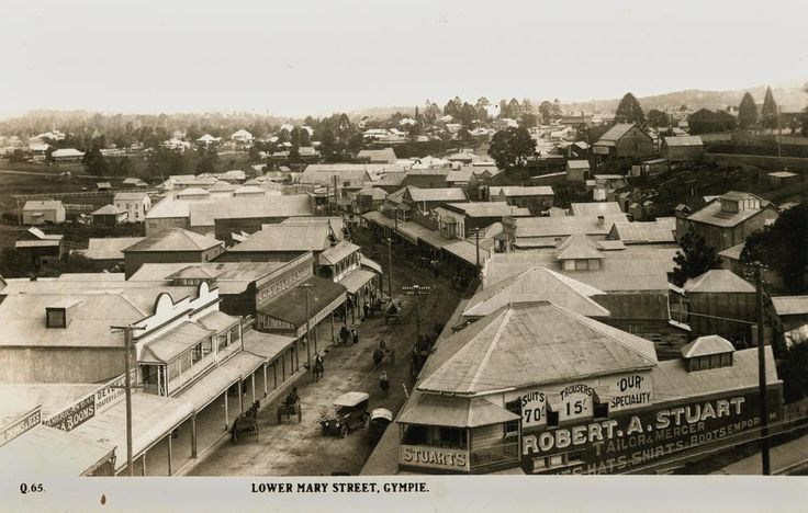 View of Gympie's streets with tailor & mercer in foreground, ca. 1925 / John Oxley Library, State Library of Queensland, Neg: 231369 http://hdl.handle.net/10462/deriv/17118 | thefashionarchives.org