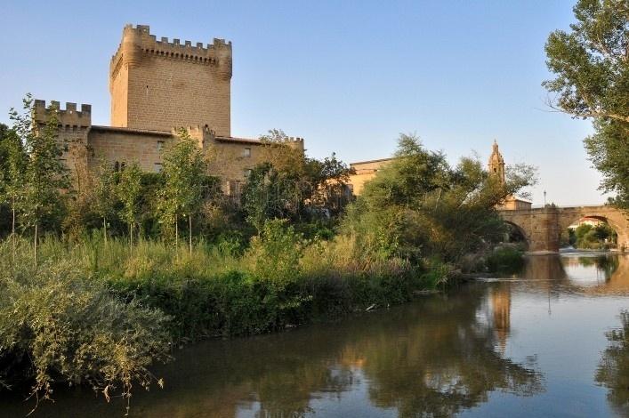 Castillo de los Velasco. Cuzcurrita del rio Tirón (La rioja)