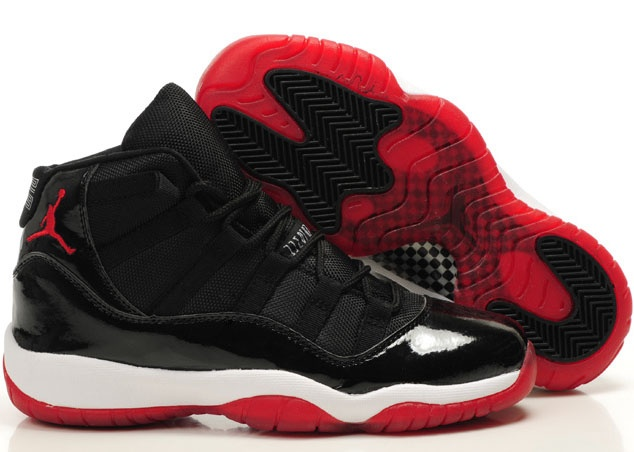 Jordans black and red for women