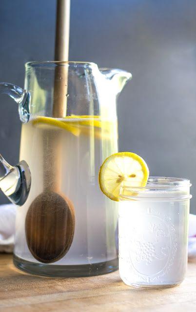 Summertime Coconut Lavender Lemonade - vyrobený z Pinterest