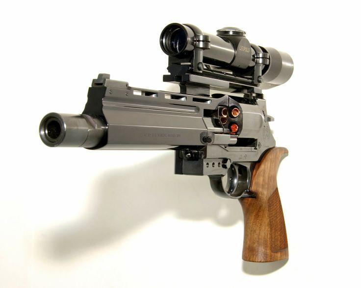 Mateba Unica .44 Magnum Autorevolver 2013, Leupold Scope-Equipped