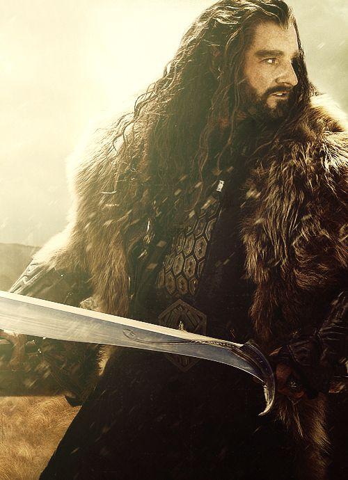 Richard Armitage as Thorin Oakenshield. He misses the long locks. LOL <3 <3 <3