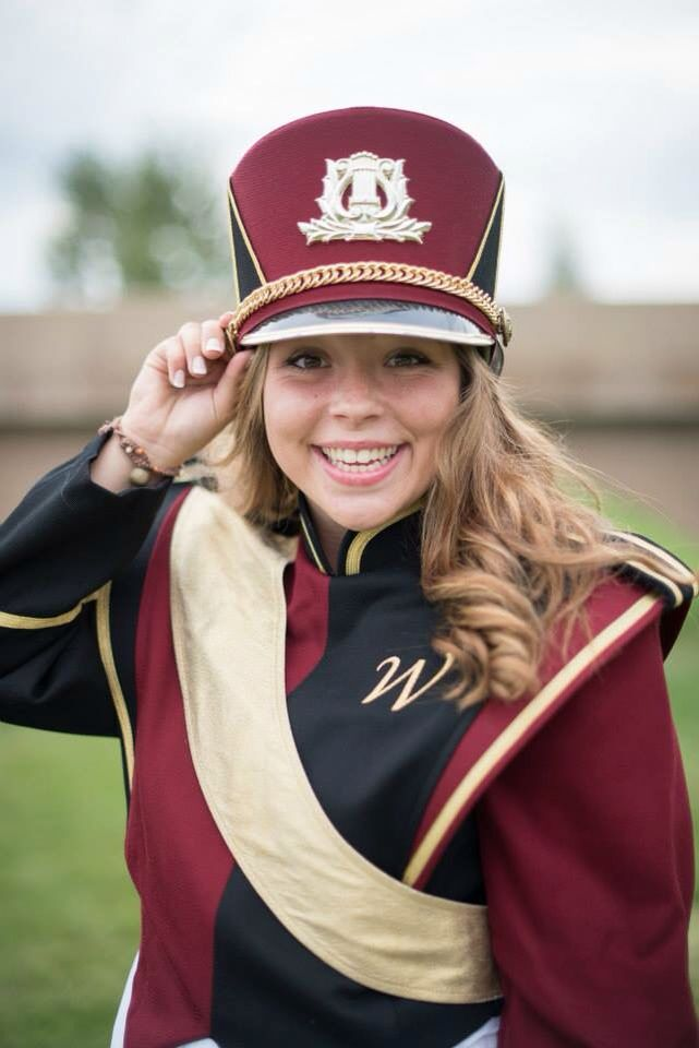 Marching Band Senior Picture Pose