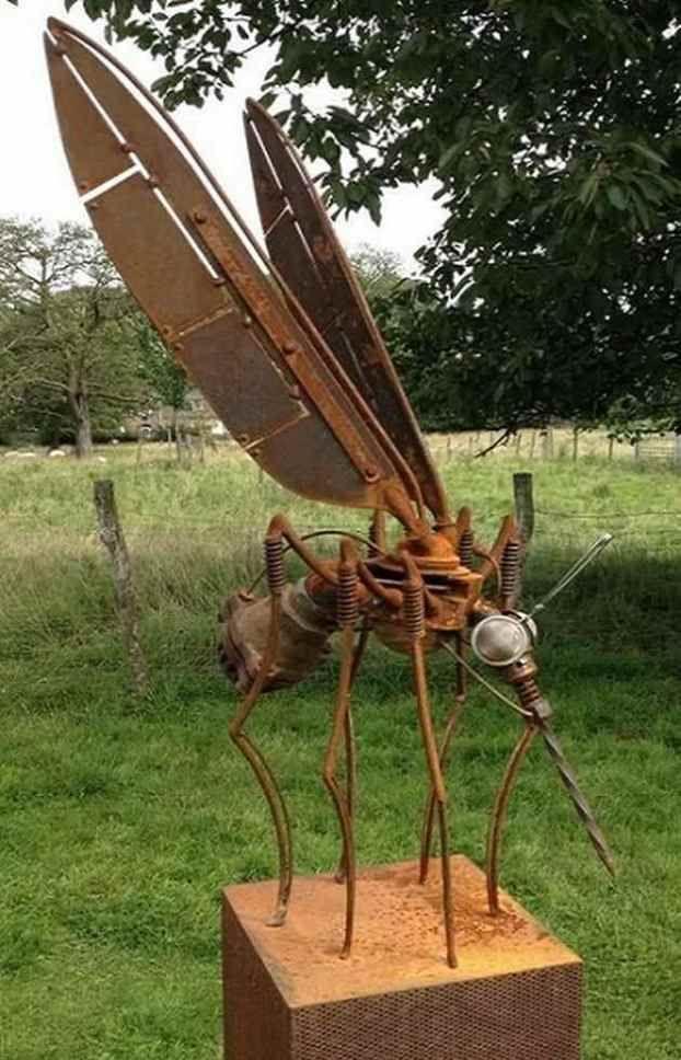 Fascinating Garden Sculpture Ideas_13 | Scrap metal art ...