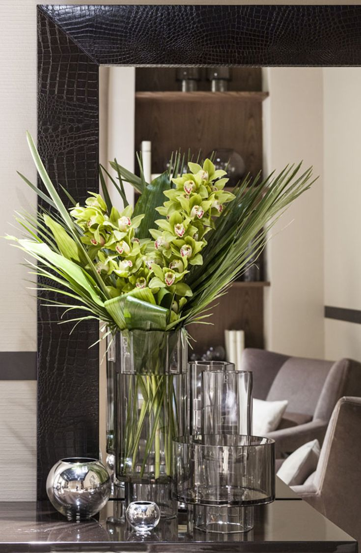 the art of accessorizing in floral arrangements We need help accessorizing large flower arrangements - calla lilies accessories the art of accessorizing.