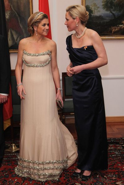 Princess Maxima Photos Photos - Princess Maxima of the Netherlands and German First Lady Bettina Wulff attend a state banquet given in honour of the visiting Dutch royals at Bellevue Presidential Palace on April 12, 2011 in Berlin, Germany. The Dutch royals, including Queen Beatrix, Prince Willem-Alexander and Princess Maxima, are on a four-day visit to Germany that includes stops in Berlin, Dresden and Duesseldorf. - HRH Queen Beatrix Of The Netherlands And Crown Prince Couple Willem…