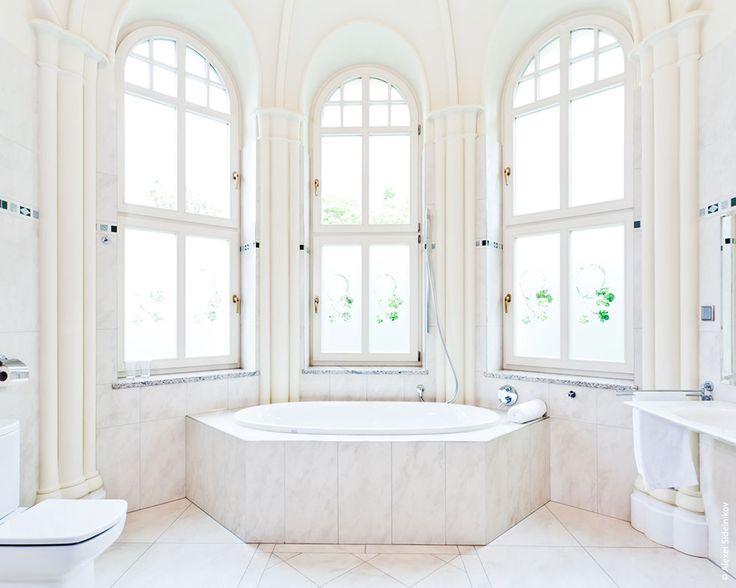 Amazing bathroom in Grape Hotel