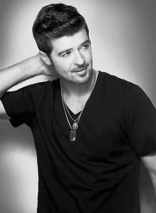 Well hello there Robin Thicke