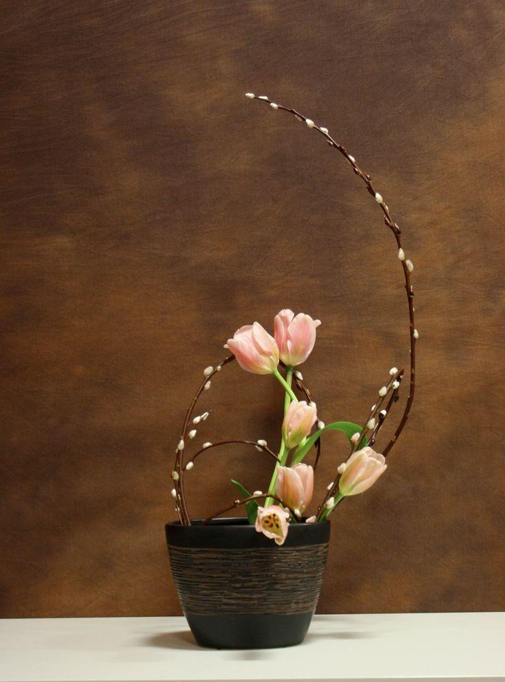 2046 best flower arrangements images on Pinterest | Floral