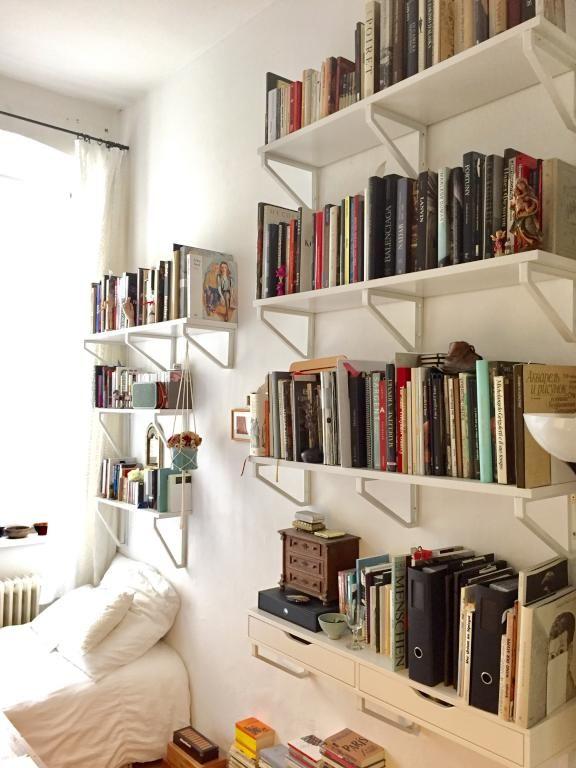 Sehr schöne und ordentliche Bücherregale! #Organisation #Aufbewahrung #Bücher #Regal