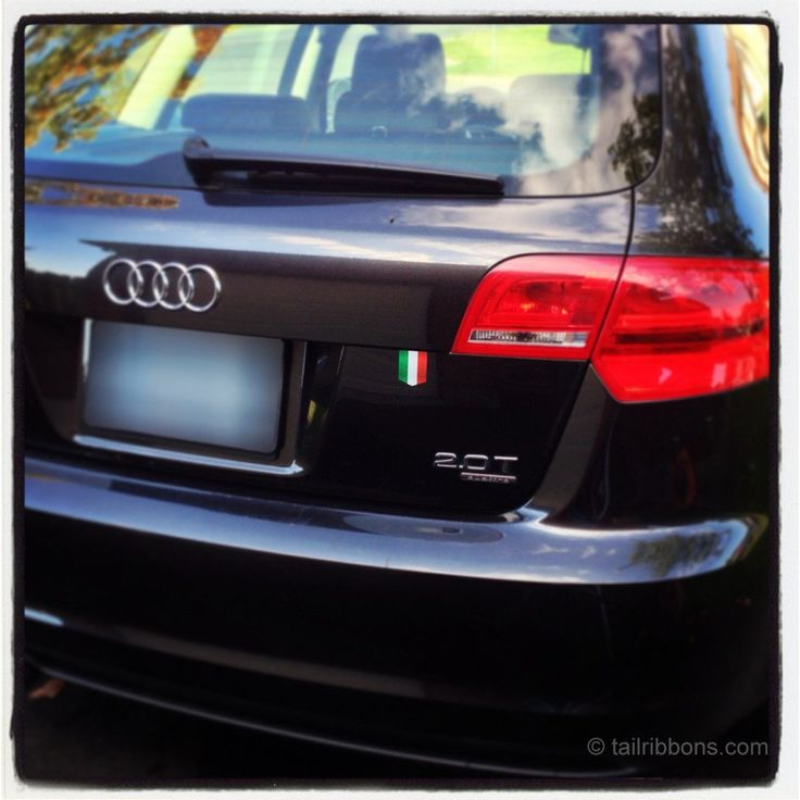 Italian flag sticker on audi a3