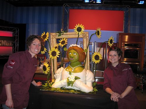 Food Network Cake Decorating Shows : 9 best images about Food Network Challenge pics from web ...