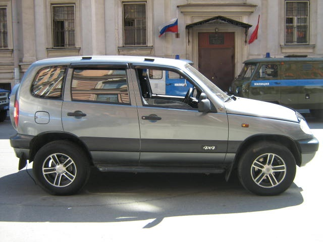 Lada 21210 Niva 16