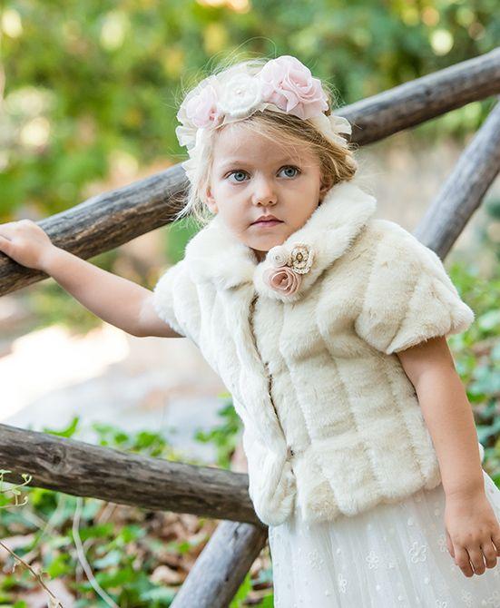 des.Irene   #Οικολογική #γούνα με #χειροποίητα πλεκτά και μεταξωτά λουλούδια. Ecological fur handmade knits and silk flowers. #βαπτιστικό για #κορίτσι #vaptisi #βάπτιση #designerscat #βαπτισηκοριτσιού #βαπτιστικά #christening for #girl, design by #alexandralati, #kindsfashion #luxurydress