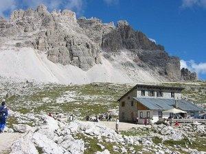 Rifugio Lavaredo 2433mt Belluno Dolomiti Veneto Italia