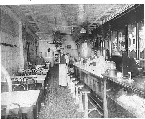 Old Tavern Dayton Restaurant ,OH circa 1923 (Trolley Stop)