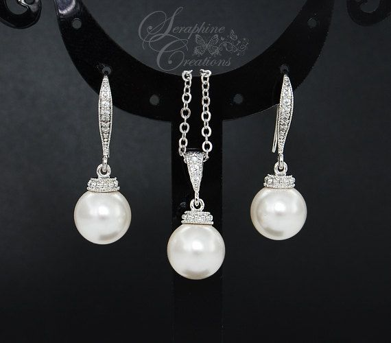 Pearl Bridal Earrings Necklace Set Wedding Jewelry Swarovski Pearl Pendant Classic Bridesmaid Gifts Bridal Set Bridal Jewelry KPL010