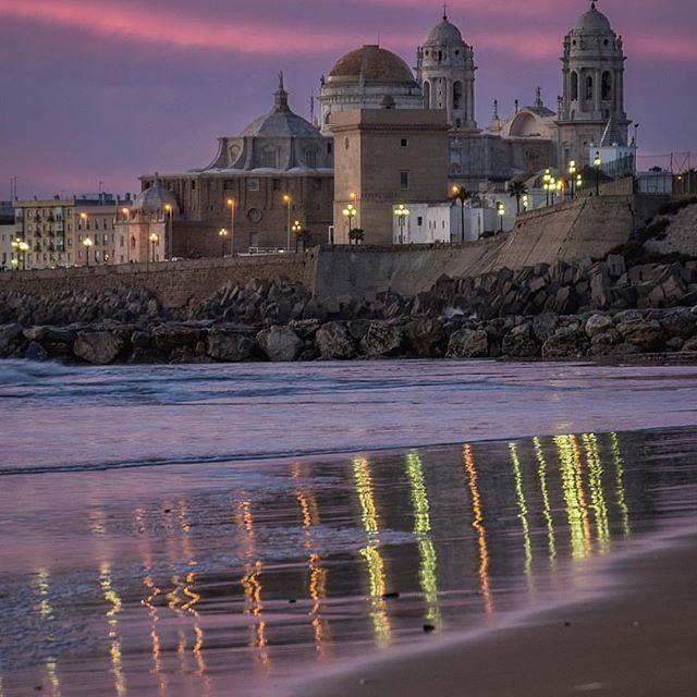 CADIZ, SPAIN.  Photo Credit: @damian_rubiales  Chosen by: @toinou1375 ≕≔≕≔≕≔≕≔≕≔≕≔ #Espanha #Испания #スペイン #Spanien #Espanya #España #spain #Espagne #İspanya #spain🇪🇸 #🇪🇸 #vacation #travel #photooftheday  #instamood #instagood #instagramhub #bestoftheday #picoftheday #instadaily #holiday #tagstagram #holidays #instatravel...