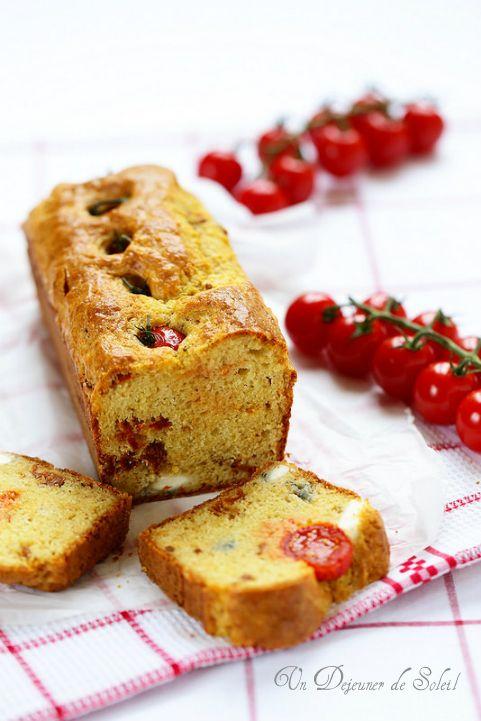 Cake aux deux tomates, léger et moelleux - Tomatoes bread ©Edda Onorato