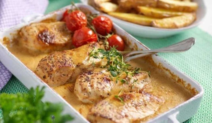 En ny fredagsfavorit hos oss. Är en god kycklingrätt och den ljuvliga såsen kan även uppskattas av de små eftersom alkoholen försvinner under tillagningen. Fått receptet från Hemmets sajt.